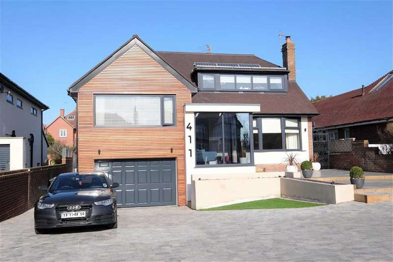 5 Bedrooms Detached House for sale in Clifton Drive North, Lytham St Annes, St Annes