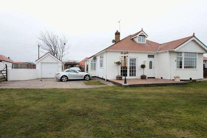4 Bedrooms Detached Bungalow for sale in Rhyl Coast Road, Rhyl