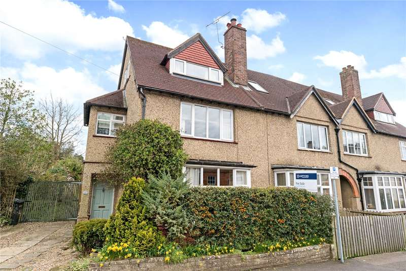 3 Bedrooms Mews House for sale in Chestnut Avenue, Haslemere, Surrey, GU27
