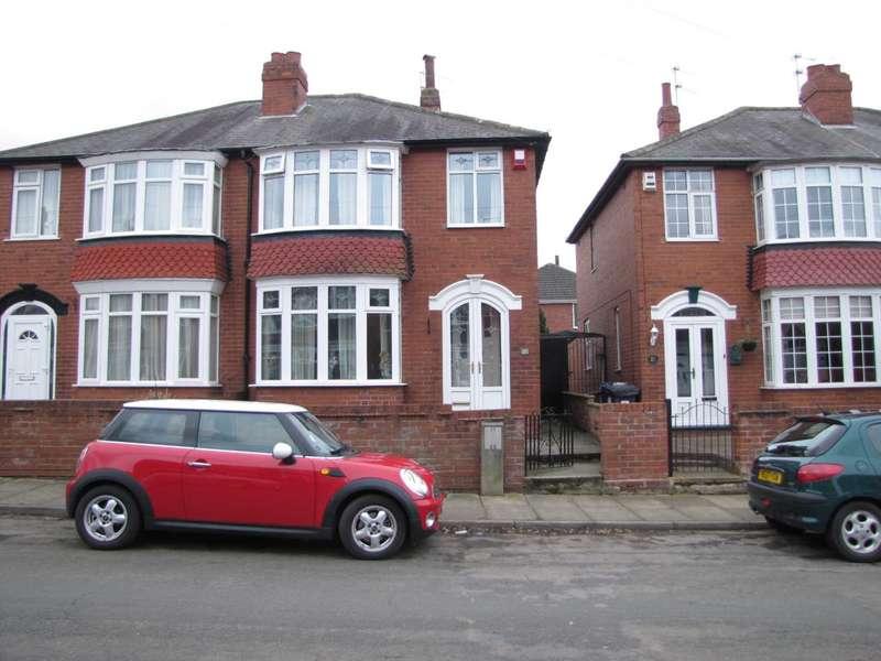 3 Bedrooms Semi Detached House for sale in Bramworth Lane, Hexthorpe