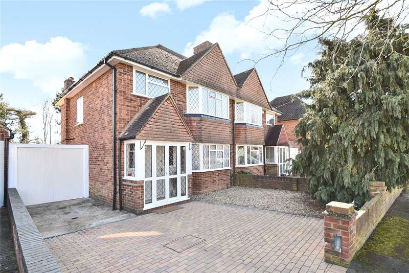 3 Bedrooms Semi Detached House for sale in St. Georges Drive, Ickenham, Middlesex, UB10