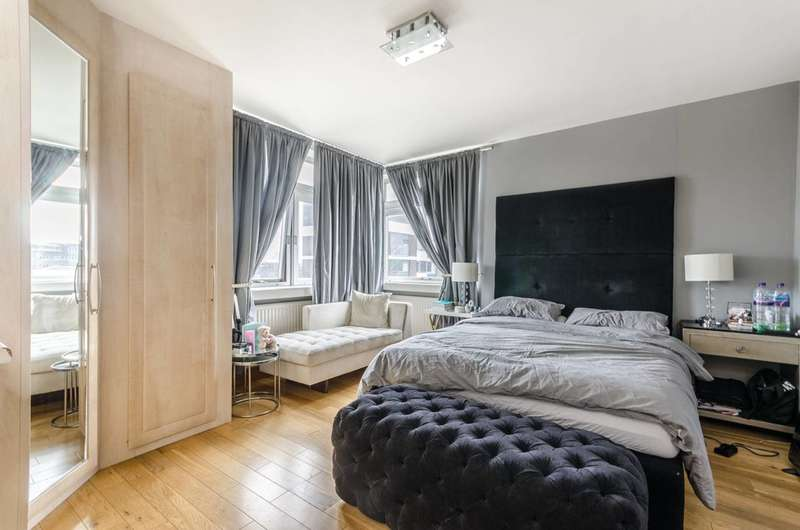 2 Bedrooms Flat for sale in Porchester Place, Hyde Park Estate, W2