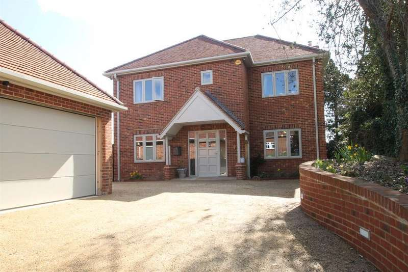 4 Bedrooms Detached House for sale in Red Hill, Maidstone