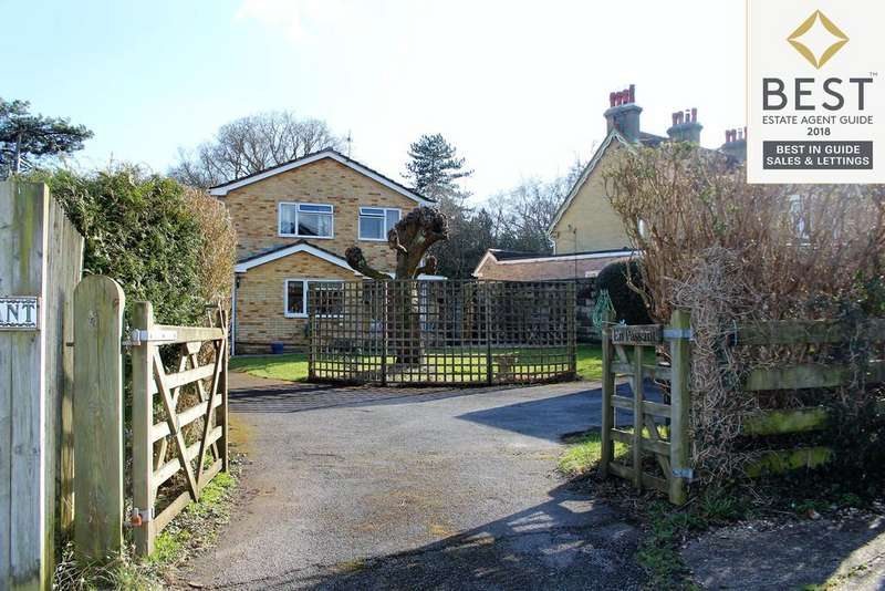 4 Bedrooms Detached House for sale in Furzedale Gardens, Hythe, Southampton