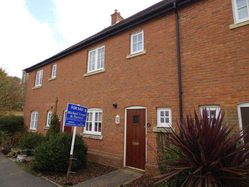 3 Bedrooms Terraced House for sale in Sandwich Road, Ash