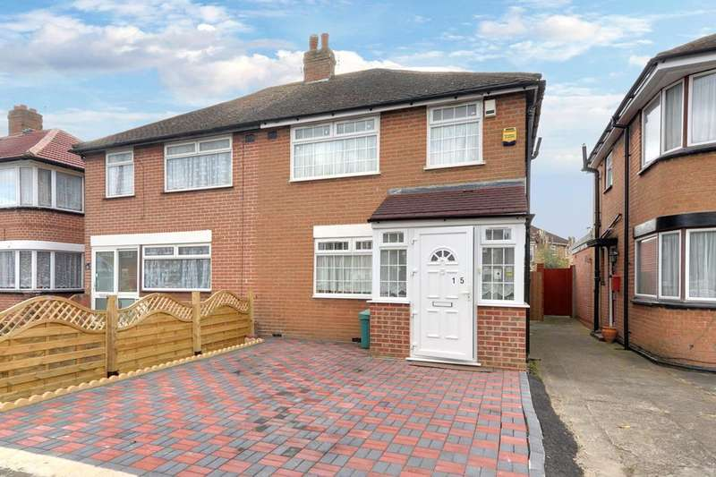 3 Bedrooms Semi Detached House for sale in Marvell Avenue, Hayes UB4