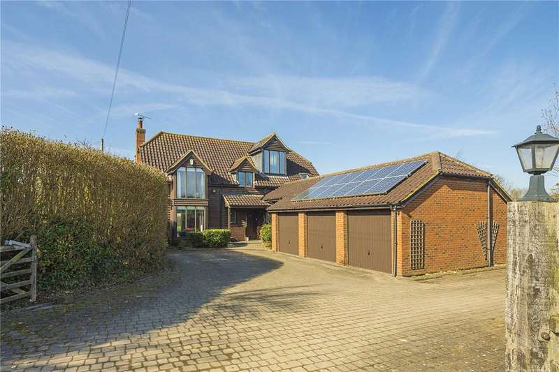 5 Bedrooms Detached House for sale in Royston Road, Litlington, Royston, Hertfordshire, SG8