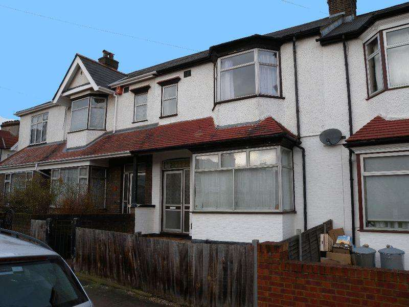 3 Bedrooms Terraced House for sale in Montana Road, Tooting Bec, SW17 7SN