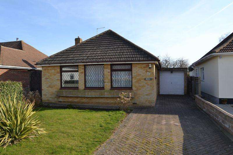 2 Bedrooms Detached Bungalow for sale in Ferring