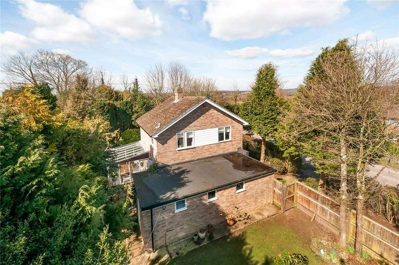 3 Bedrooms Detached House for sale in Teg Down Meads, Winchester, Hampshire, SO22