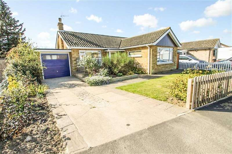 2 Bedrooms Detached Bungalow for sale in Coopers Lane, Clacton-on-Sea