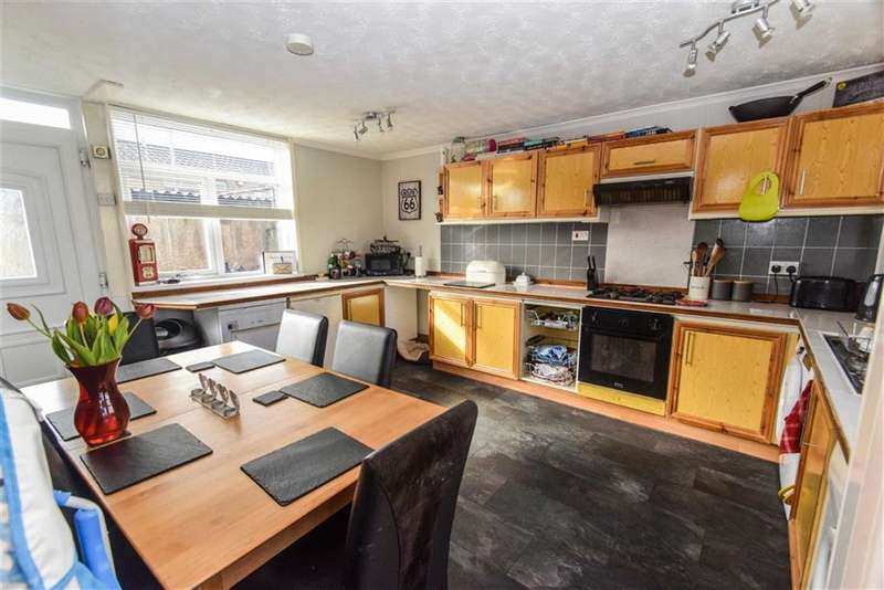 3 Bedrooms Terraced House for sale in Gleneagles Park, Hull