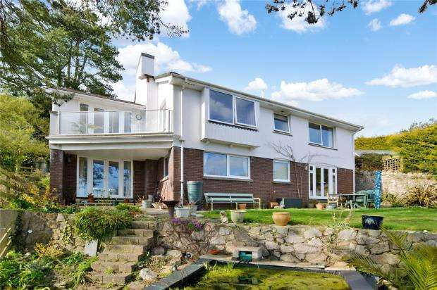 4 Bedrooms Detached House for sale in South Road, Newton Abbot, Devon