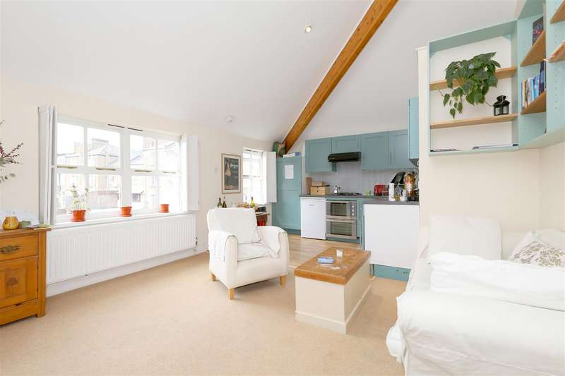 1 Bedroom Flat for sale in Osbaldeston Road, London