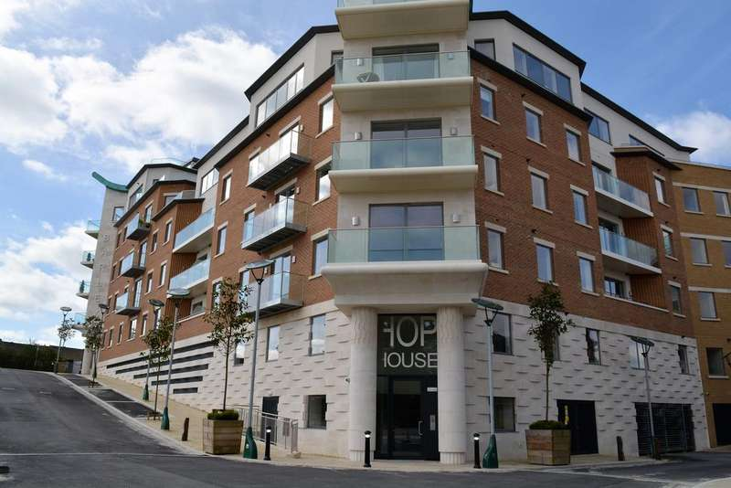 3 Bedrooms Penthouse Flat for sale in Hop House, Brewery Square, Dorchester DT1