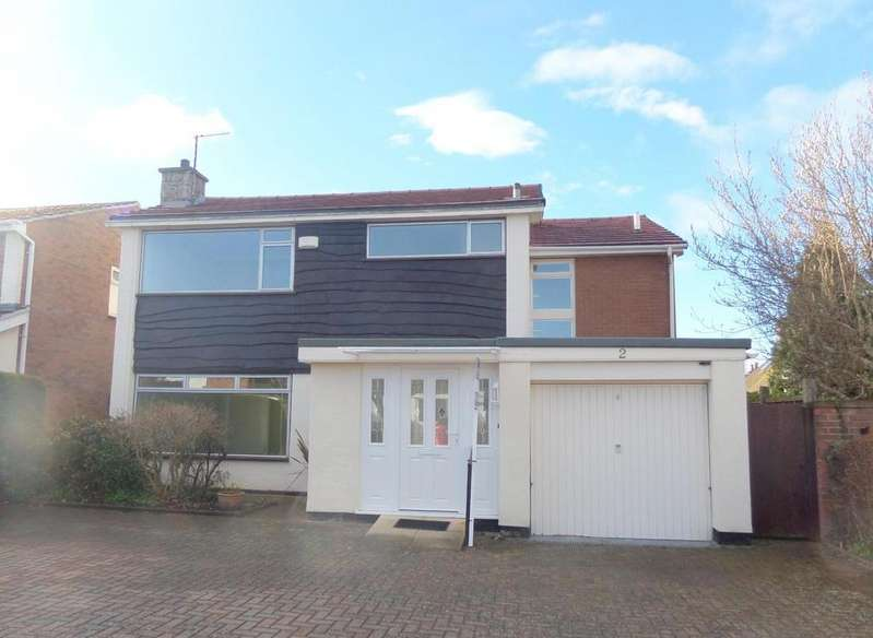 4 Bedrooms Detached House for sale in Tir Estyn, Deganwy