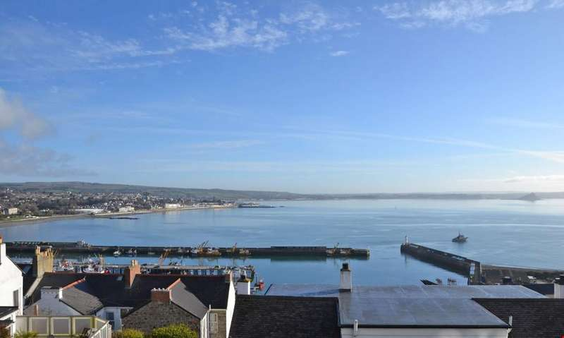 3 Bedrooms Detached House for sale in Newlyn, Between Penzance and Mousehole, Cornwall, TR18