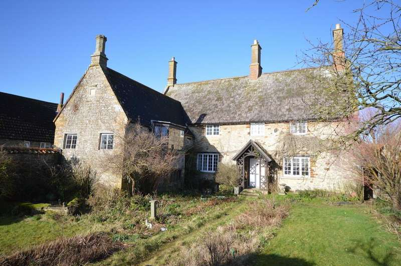 5 Bedrooms Farm House Character Property for sale in High Street, Great Doddington
