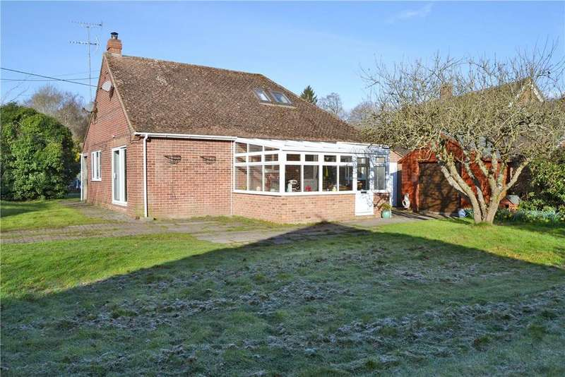 4 Bedrooms Detached Bungalow for sale in Chapel Lane, Hermitage, Thatcham, Berkshire, RG18