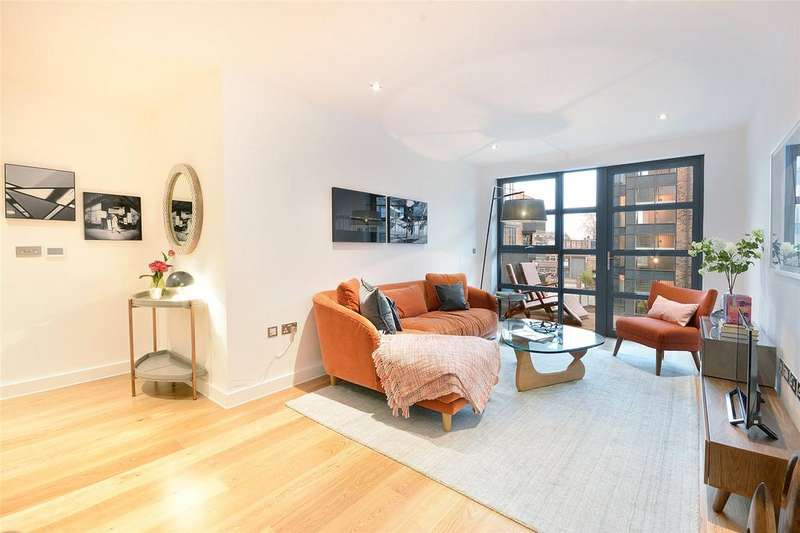 2 Bedrooms Flat for sale in Pages Walk, Bermondsey, London, SE17
