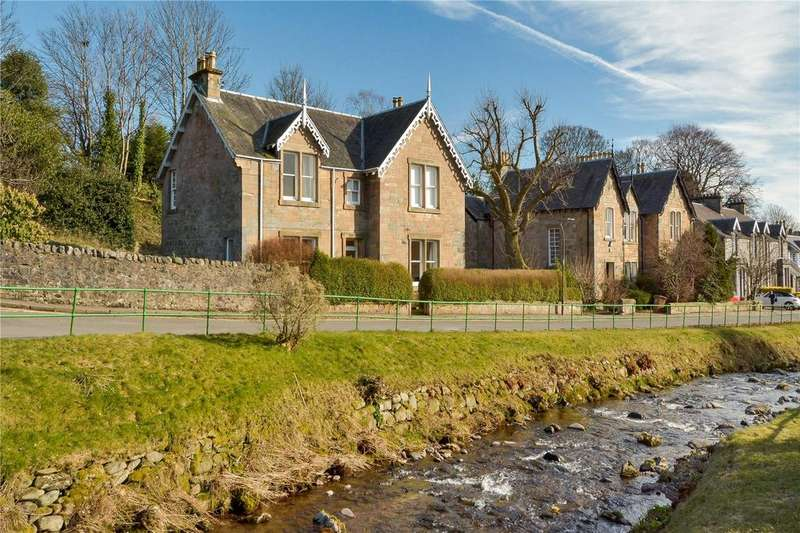 5 Bedrooms Detached House for sale in Huntly House, 11 East Burnside, Dollar, Clackmannanshire, FK14