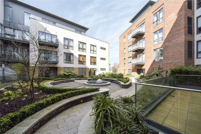 2 Bedrooms Flat for sale in Wharf House, 2 Brewery Lane, Twickenham,, Middlesex,, TW1