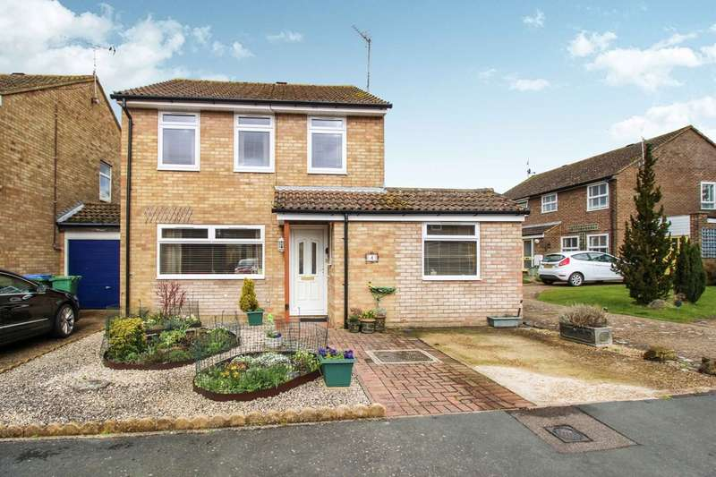 3 Bedrooms Detached House for sale in Sorrell Road, HORSHAM
