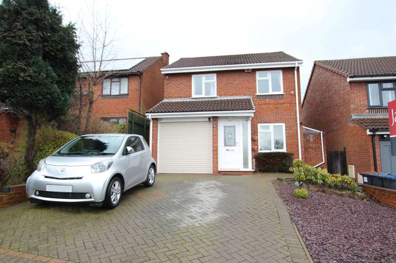 3 Bedrooms Detached House for sale in Fourlands Avenue, Sutton Coldfield, B72 1YY