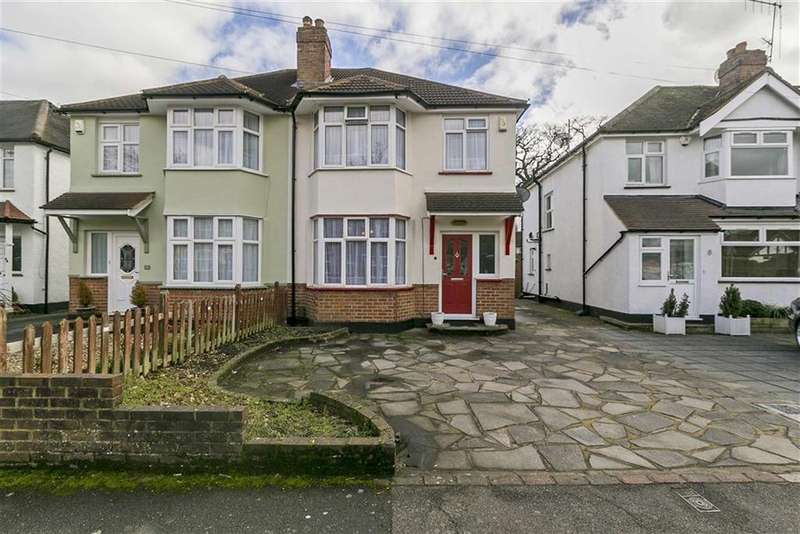 3 Bedrooms Semi Detached House for sale in Danetree Road, West Ewell, Surrey