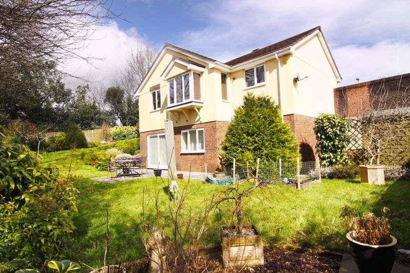 4 Bedrooms Property for sale in Abbey Rise, Okehampton