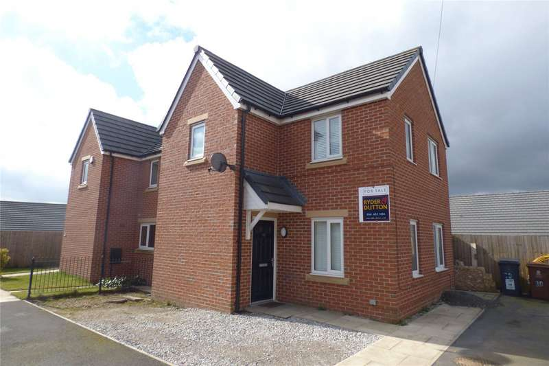 3 Bedrooms Semi Detached House for sale in Crabtree Road, Derker, Oldham, Greater Manchester, OL1