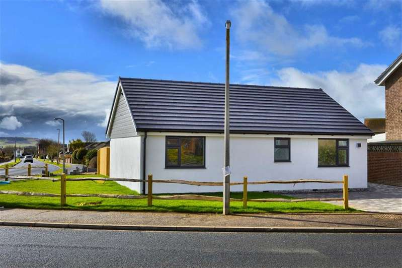 3 Bedrooms Detached Bungalow for sale in The Holt, Seaford, East Sussex