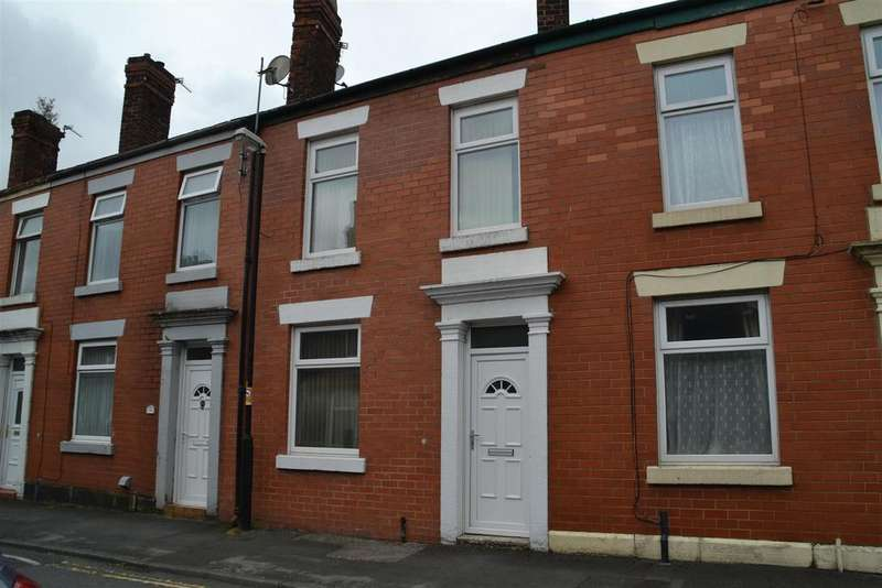 3 Bedrooms Terraced House for sale in Gillibrand Walks, Chorley