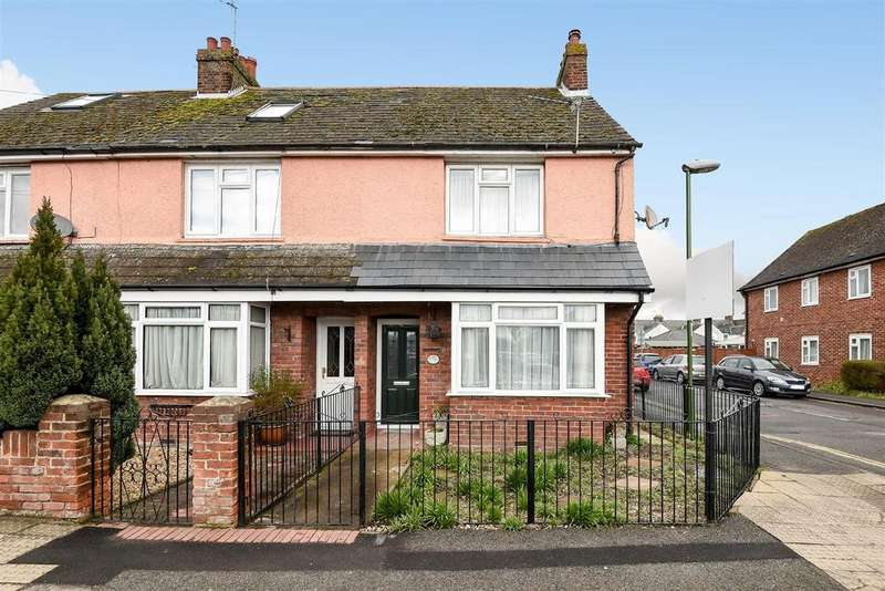 2 Bedrooms Semi Detached House for sale in Kingsham Avenue, Chichester
