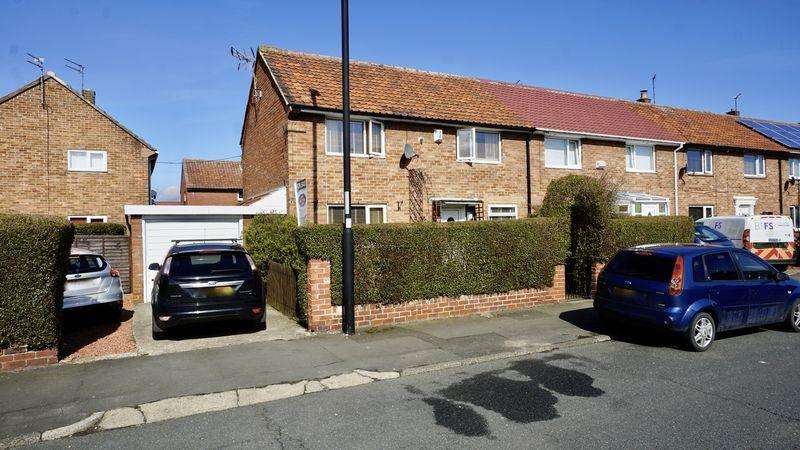3 Bedrooms Terraced House for sale in Stoneleigh Avenue Longbenton