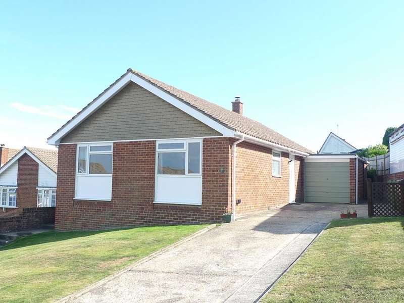 3 Bedrooms Detached Bungalow for sale in Rutland Close, Eastbourne, BN21