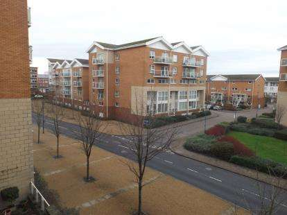 2 Bedrooms Flat for sale in Vienna House, Penstone Court, Century Wharf, Cardiff Bay