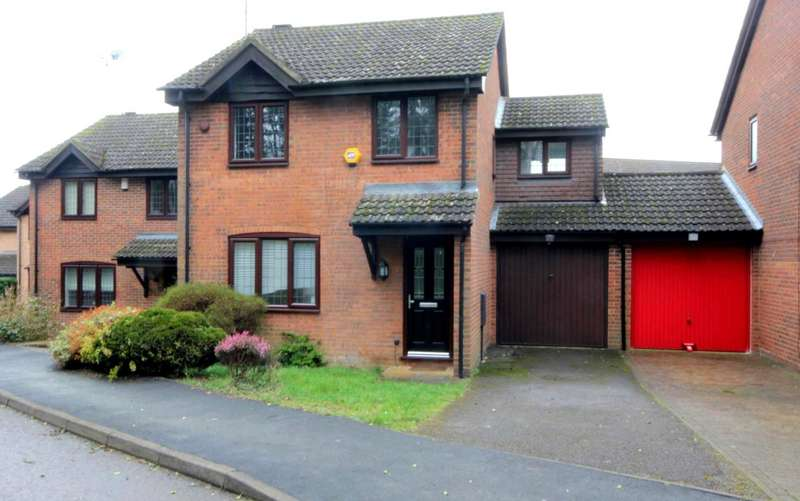 4 Bedrooms Link Detached House for sale in 4 BED LINK DETACHED home located on this SOUGHT AFTER MODERN DEVELOPMENT.