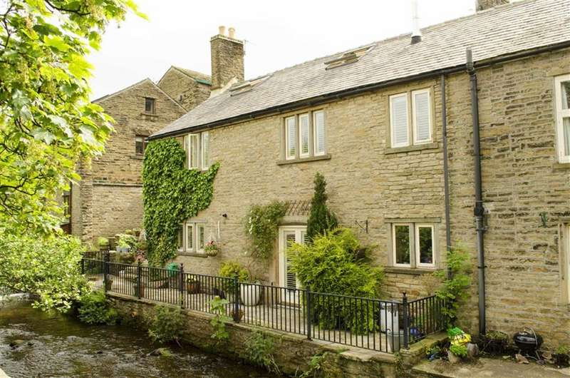 3 Bedrooms Cottage House for sale in Church Street, Hayfield, High Peak
