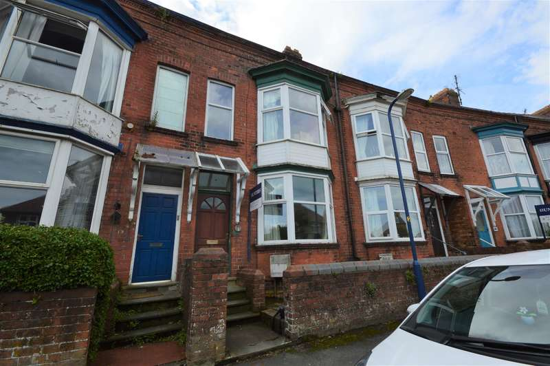 5 Bedrooms Terraced House for sale in Norman Crescent, Filey, YO14 9AP