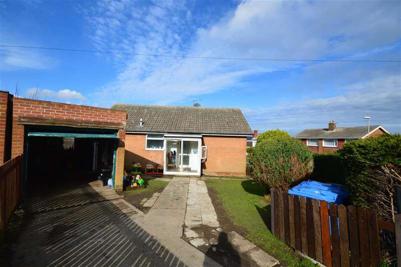 2 Bedrooms Bungalow for sale in Chestnut Bank, Scarborough, YO12 5QJ