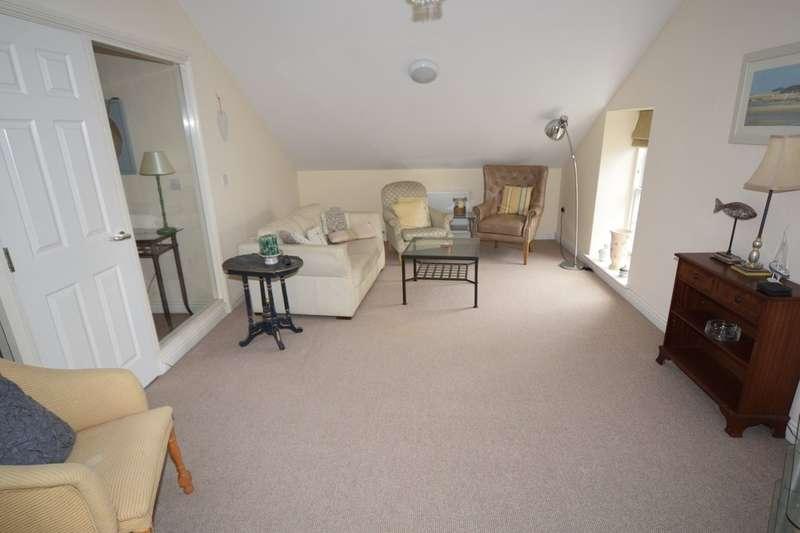 3 Bedrooms Flat for sale in Princes Street, Ulverston, Cumbria, LA12 7NB