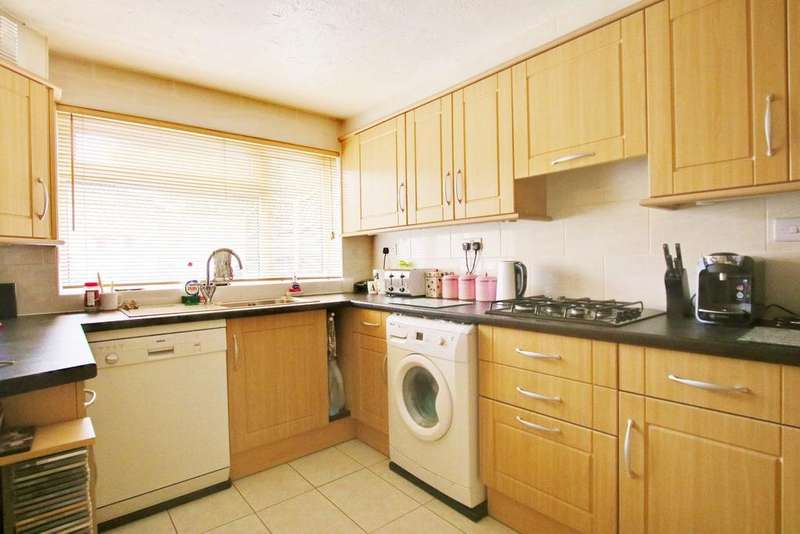 3 Bedrooms Terraced House for sale in Bitterne Park, Southampton