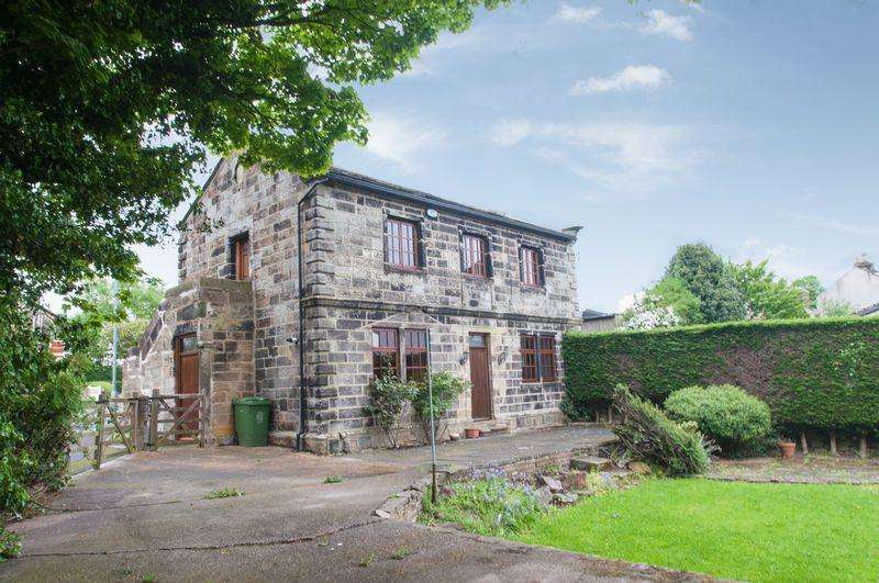 3 Bedrooms Detached House for sale in Spacious Stone Built Detached Grade II Listed House