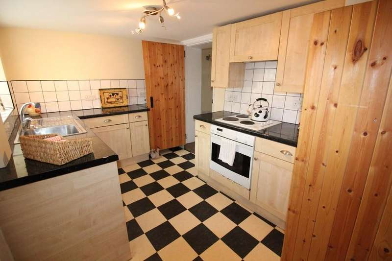 2 Bedrooms Cottage House for sale in Dandy Row, Darwen