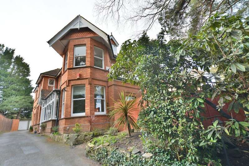 2 Bedrooms Apartment Flat for sale in Meyrick Park Crescent, Bournemouth