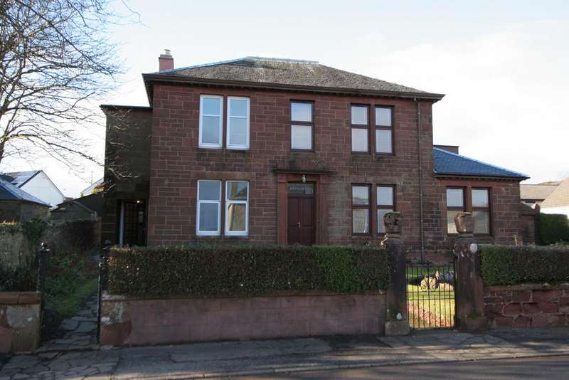 3 Bedrooms Semi Detached House for sale in 5 Bute Terrace, Isle of Cumbrae, KA28 0BD