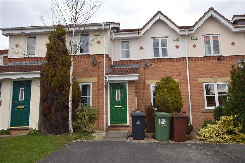 2 Bedrooms Terraced House for sale in Stonegate Crescent, Meanwood, Leeds, West Yorkshire