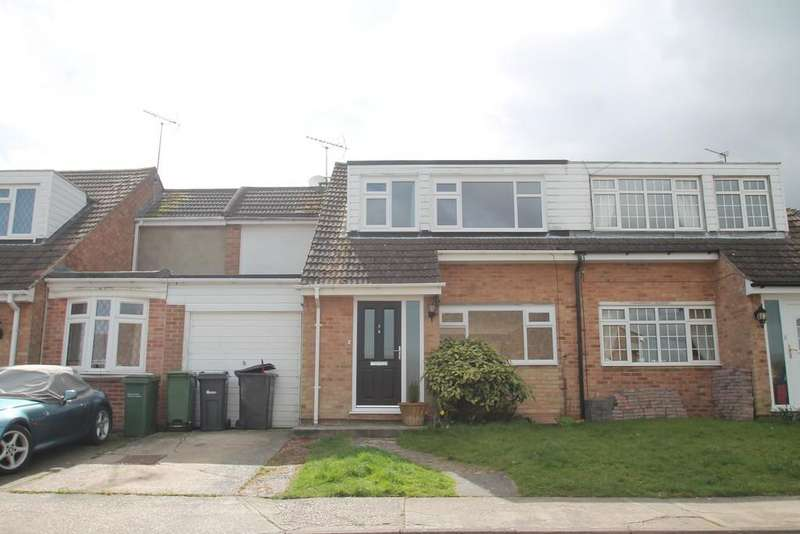 4 Bedrooms Semi Detached House for sale in Drake Gardens, Braintree
