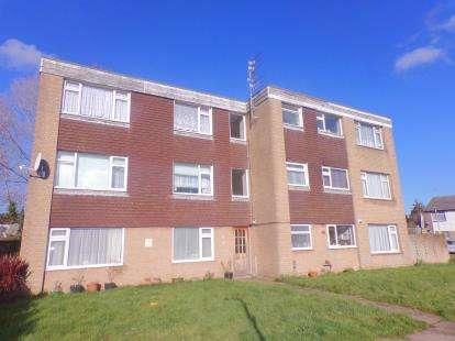 2 Bedrooms Flat for sale in Hamworthy, Poole, Dorset
